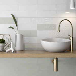 esencia_relieve_blanco_botella_roomset tiles