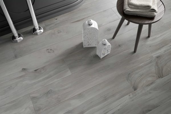 Long Porcelain Wood Effect tiles
